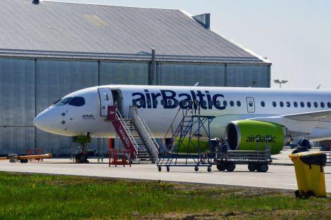 Dodávací let z kanadského Montrealu zvládl A220-300 v sobotu až do Rigy bez mezipřistání. Foto: Jan Sůra