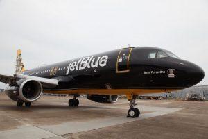 Airbus A320 společnosti JetBlue v barvách Boston Bruins. Foto. Boston Bruins