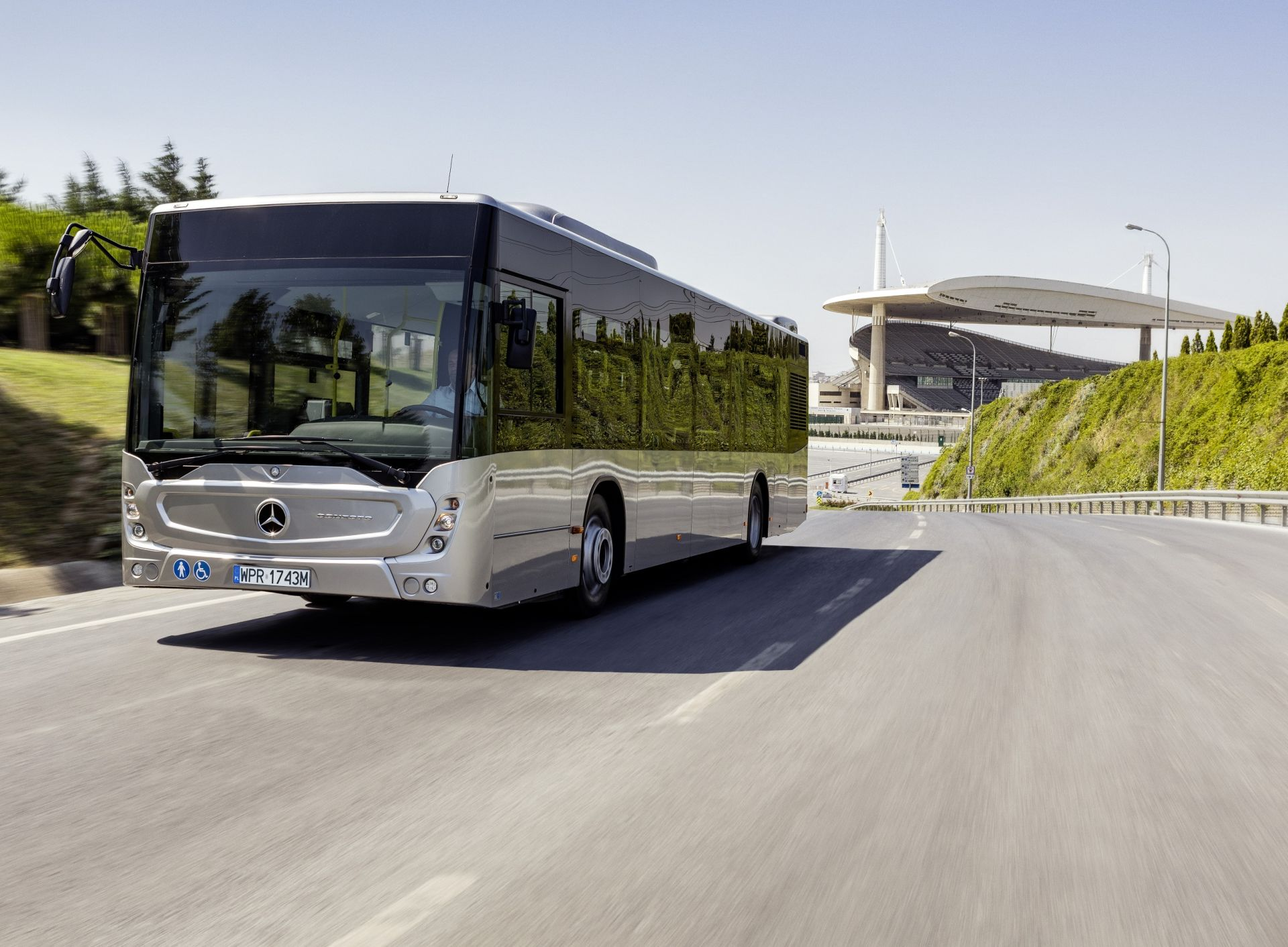 Autobus Mercedes-Benz Conecto. Pramen: OAD Kolín