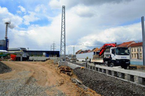 Stavba přesmyku domažlické trati v Plzni - Skvrňanech. Foto: Jan Sůra