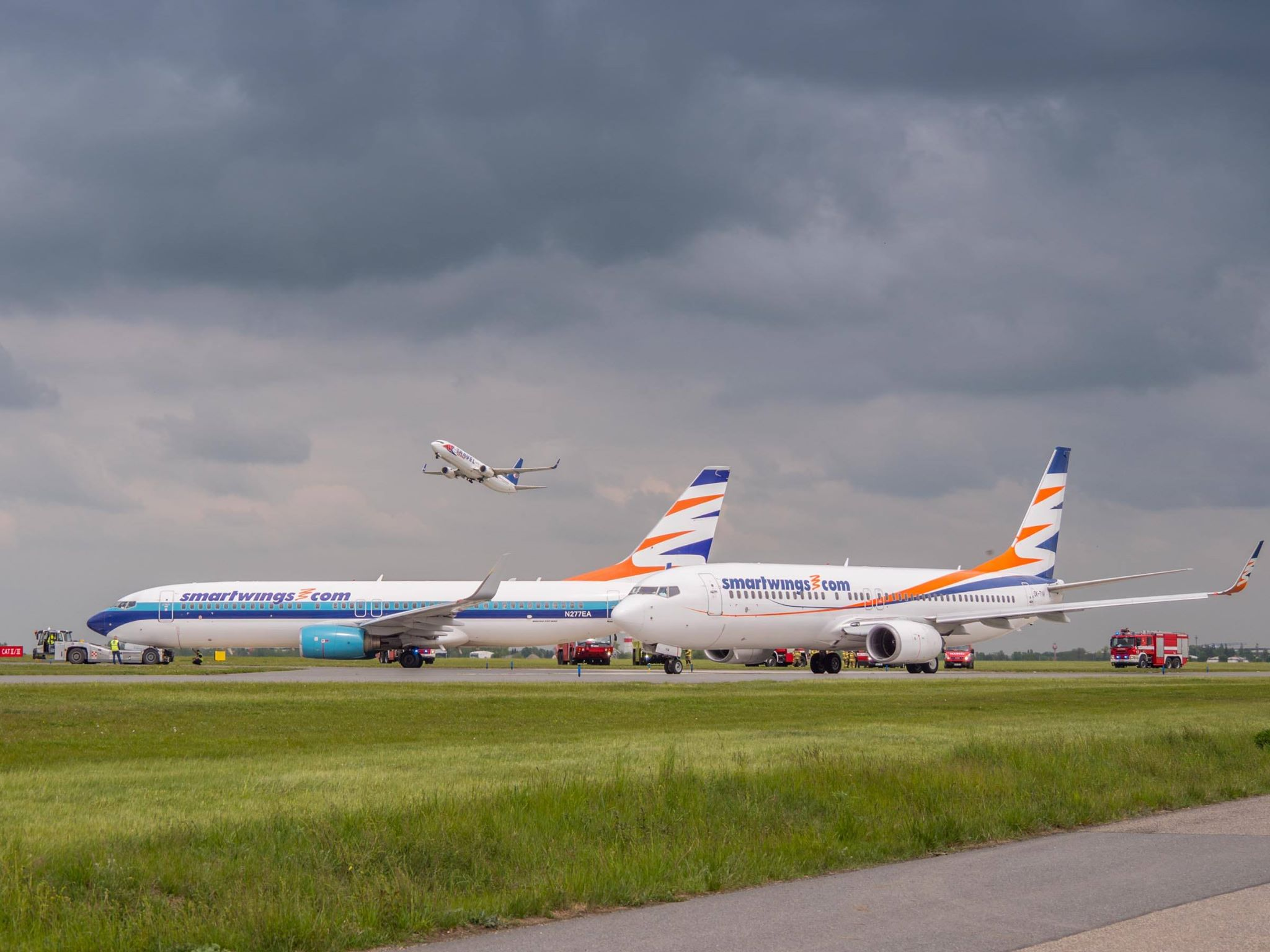 Letadla Smartwings po kolizi na Letišti Praha. Foto: Rosťa Kopecký / Flyrosta.com