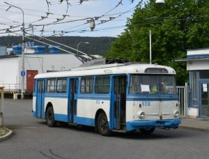 Trolejbus Škoda 9Tr. Pramen: DPMB