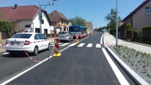 Opravený úsek Českobrodské ulice v Běchovicích. Foto: TSK