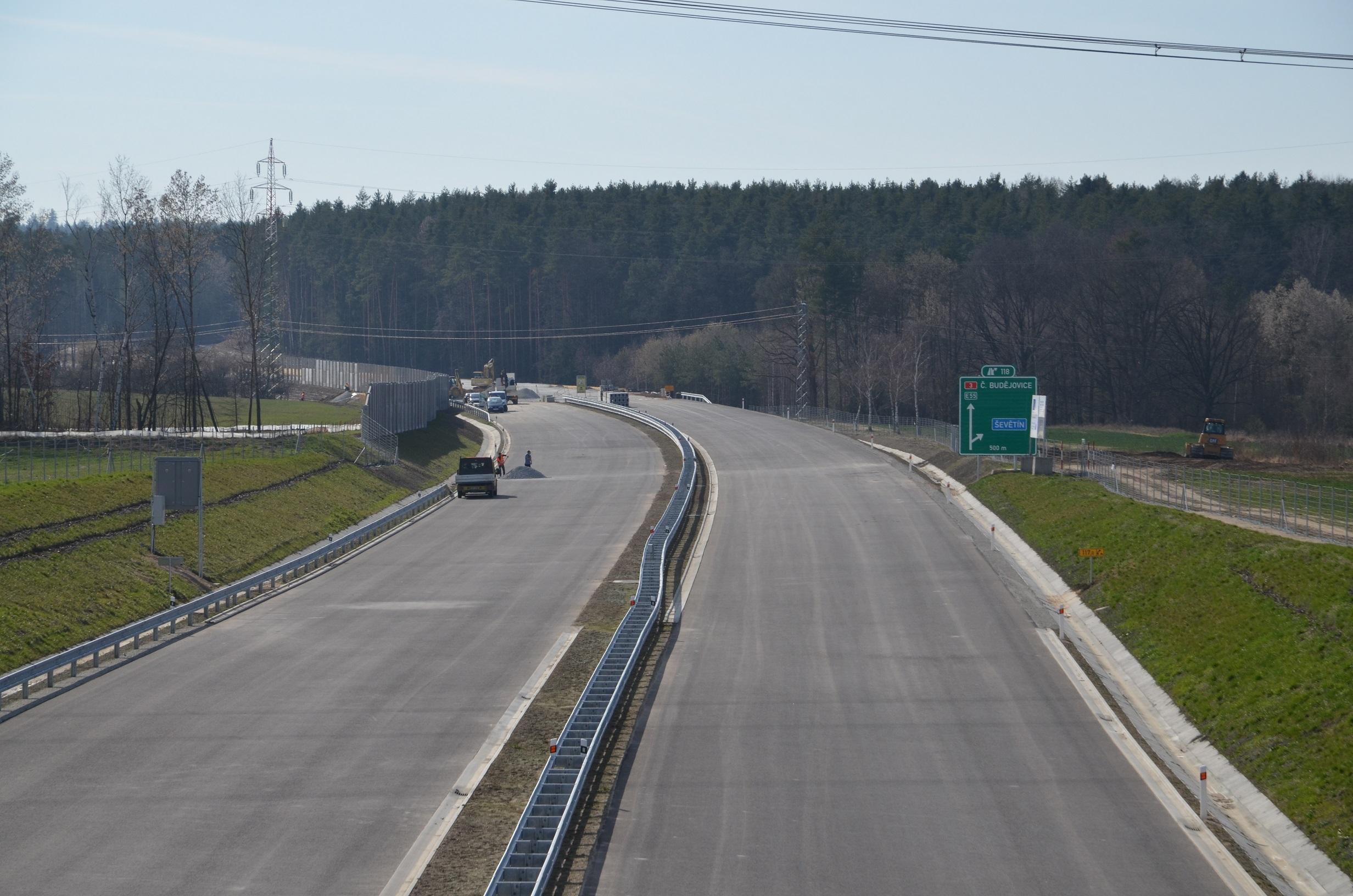 Výstavba dálnice D3 v ússeku Bošilec - Ševětín. Autor: ŘSD