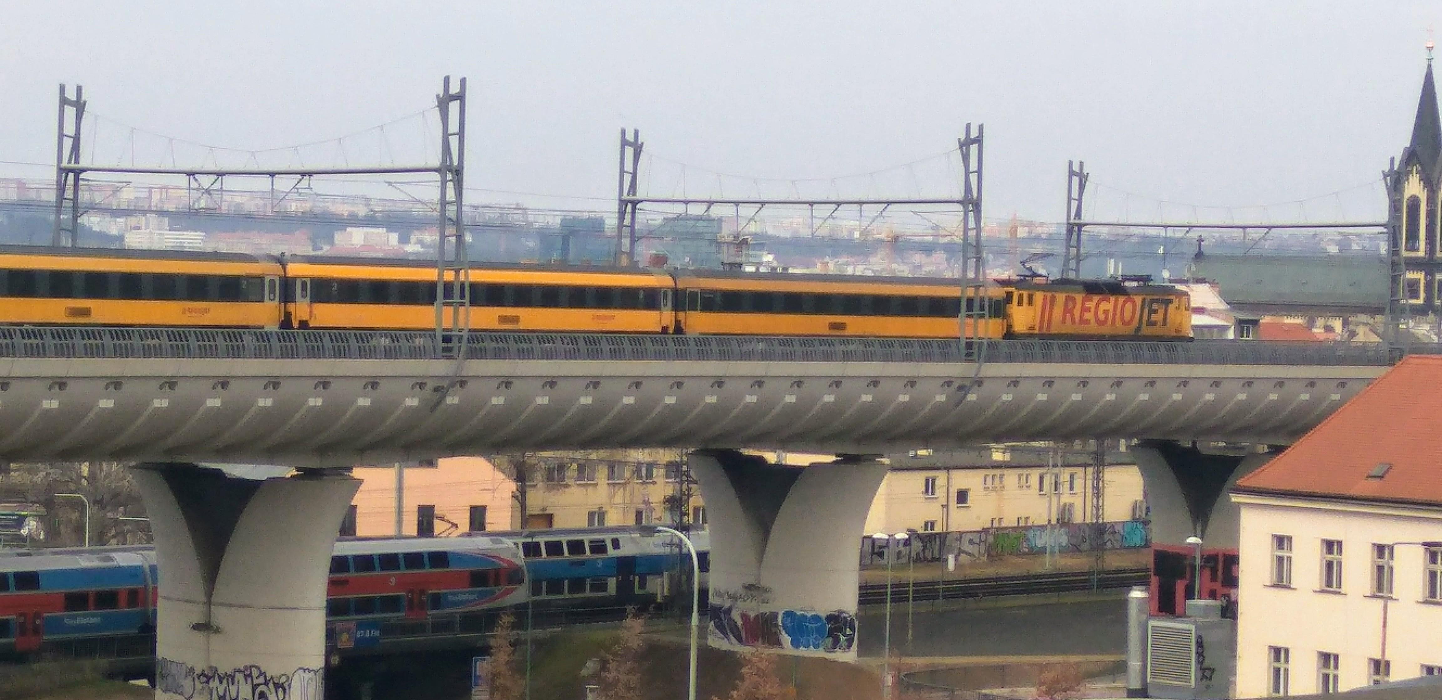 Nové spojení je v provozu téměř deset let, stále ale není zkolaudované. Foto: Jan Sůra