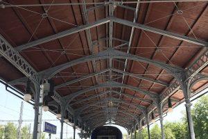 Historická konstrukce na Horním nádraží v Karlových Varech. Pramen: Twitter Jiřího Svobody