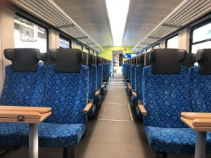 Interiér modernizované soupravy 845.2. Foto:  Arriva