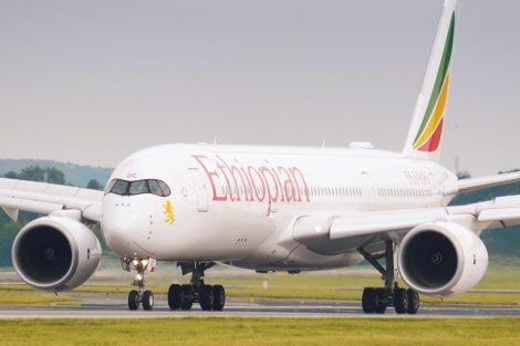 Airbus A350-900 registrace ET-AUC po příletu do Prahy. Foto: Rosťa Kopecký / Flyrosta.com