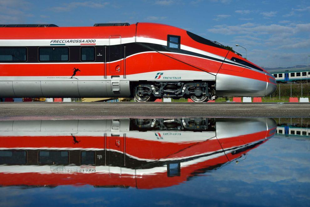 Vysokorychlostní jednotka Freciarossa 1000. Foto: Hitachi