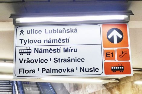 Nová navigační tabule v metru (I.P. Pavlova). Autor: DPP