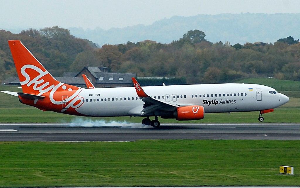 Boeing 737-800 společnosti SkyUp. Autor: Riik@mctr – Flickr, CC BY-SA 2.0, https://commons.wikimedia.org/w/index.php?curid=76527345