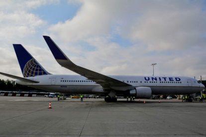 Boeing 767-300 United Airlines po příletu do Prahy. Foto: Michal Holeček