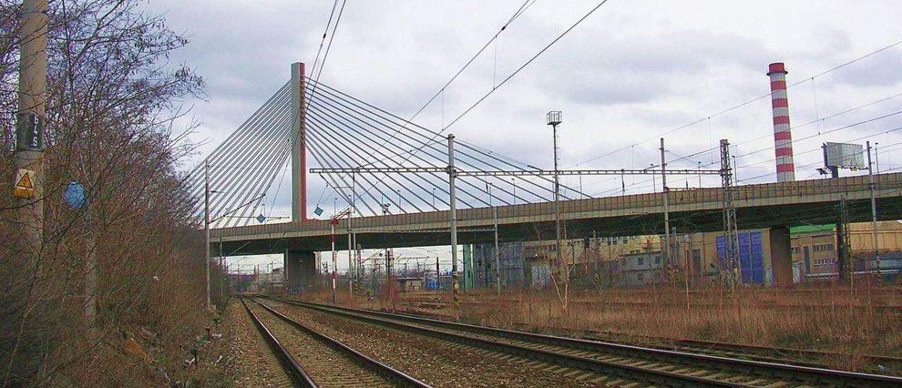 Lanový most na Jižní spojce. Foto: ŠJů / Wikimedia Commons