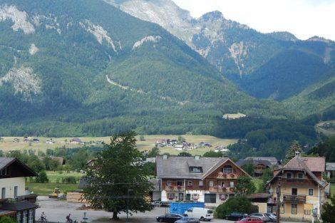 Trasa SchafbergBahn je v horách jasně rozpoznatelná. Autor: Zdopravy.cz/Jan Šindelář
