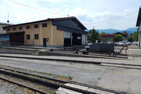 Opravárenské zázemí má SchafbergBahn hned u dolní stanice. Autor: Zdopravy.cz/Jan Šindelář