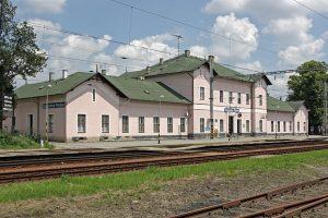 Stanice Sokolnice-Telnice. Autor: RomanM82 – Vlastní dílo, CC BY-SA 3.0, https://commons.wikimedia.org/w/index.php?curid=26561021