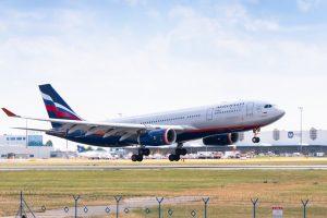 Aeroflot kvůli zrušení dvou třetin letů musel v úterý do Prahy poslat větší A330-200. Foto: Rosťa Kopecký / Flyrosta.com