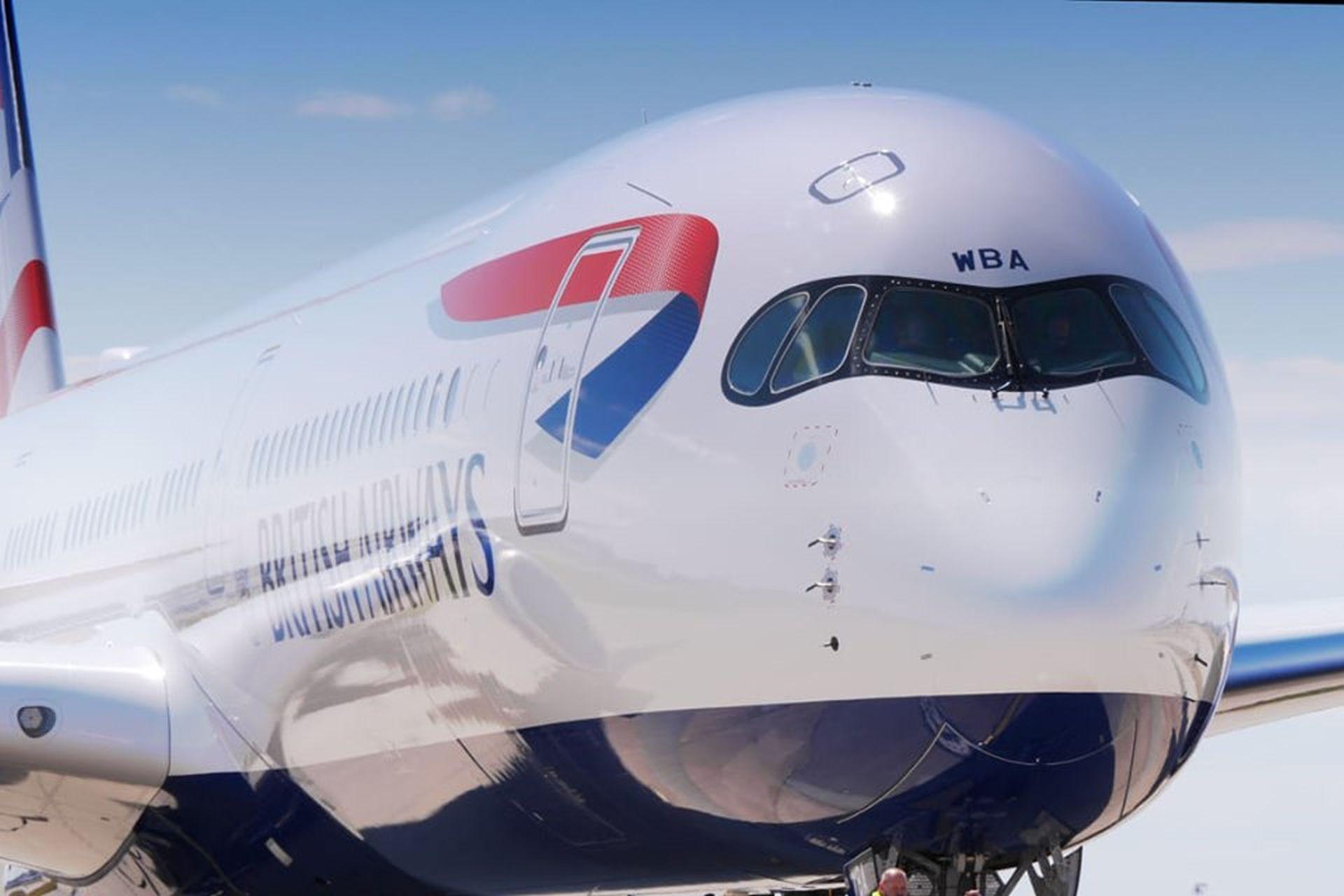 Nový Airbus A350-1000 v barvách British Airways. Foto: Samchui.com/Flyrosta.com