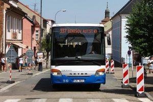 Autobus Setra společnosti ČSAD Benešov v Benešově. Foto: Ropid