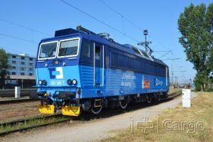 Lokomotiva 363 láká nové zaměstnance pro ČD Cargo. Pramen: ČD Cargo