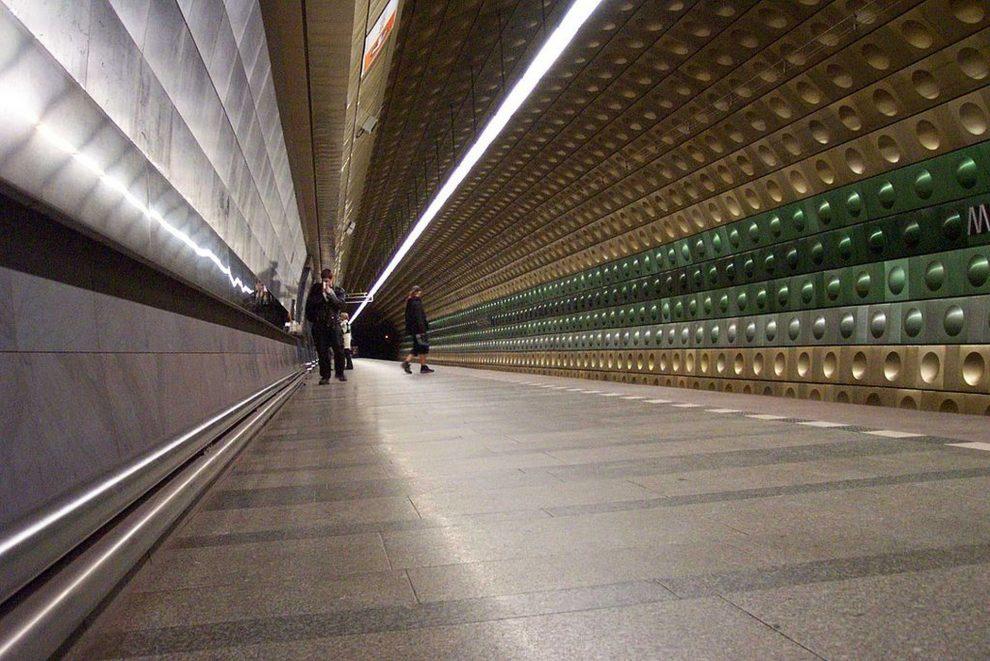 Stanice metra Malostranská. Foto: Aktron / Wikimedia Commons