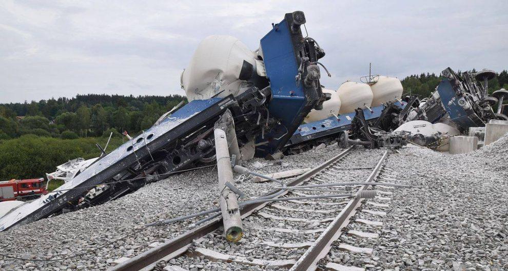 Vykolejený nákladní vlak u Mariánských Lázní. Foto: HZS Karlovarského kraje