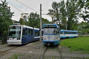 Tramvaje Astra a T3RP na smyčce Výstaviště v Ostravě. Foto: Michal Chrást