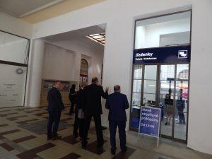Nové pokladny na Masarykově nádraží. Autor: Zdopravy.cz/Jan Šindelář