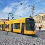 Tramvaj Flexity na vizualizaci v historickém centru Drážďan. Foto: Bombardier