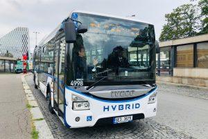 Autobus Iveco Urbanway Hybrid. Autor: DPP