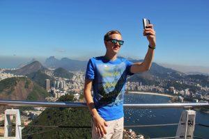 Podle marketingového šéfa Delty poptávce po letech živí částečně touha po co nejlepších selfie. Foto: ASSY/Pixabay.com