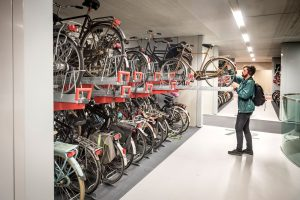 Podzemní parkoviště pro kola v Utrechtu. Foto: CU2030
