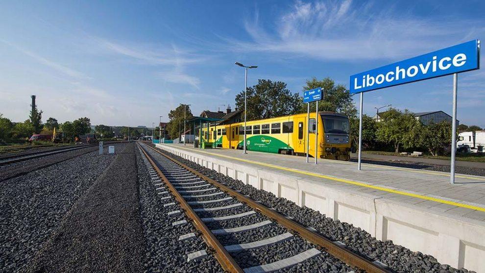 Stanice Libochovice na trati z Loun do Lovosic po modernizaci. Foto: Chládek & Tintěra.