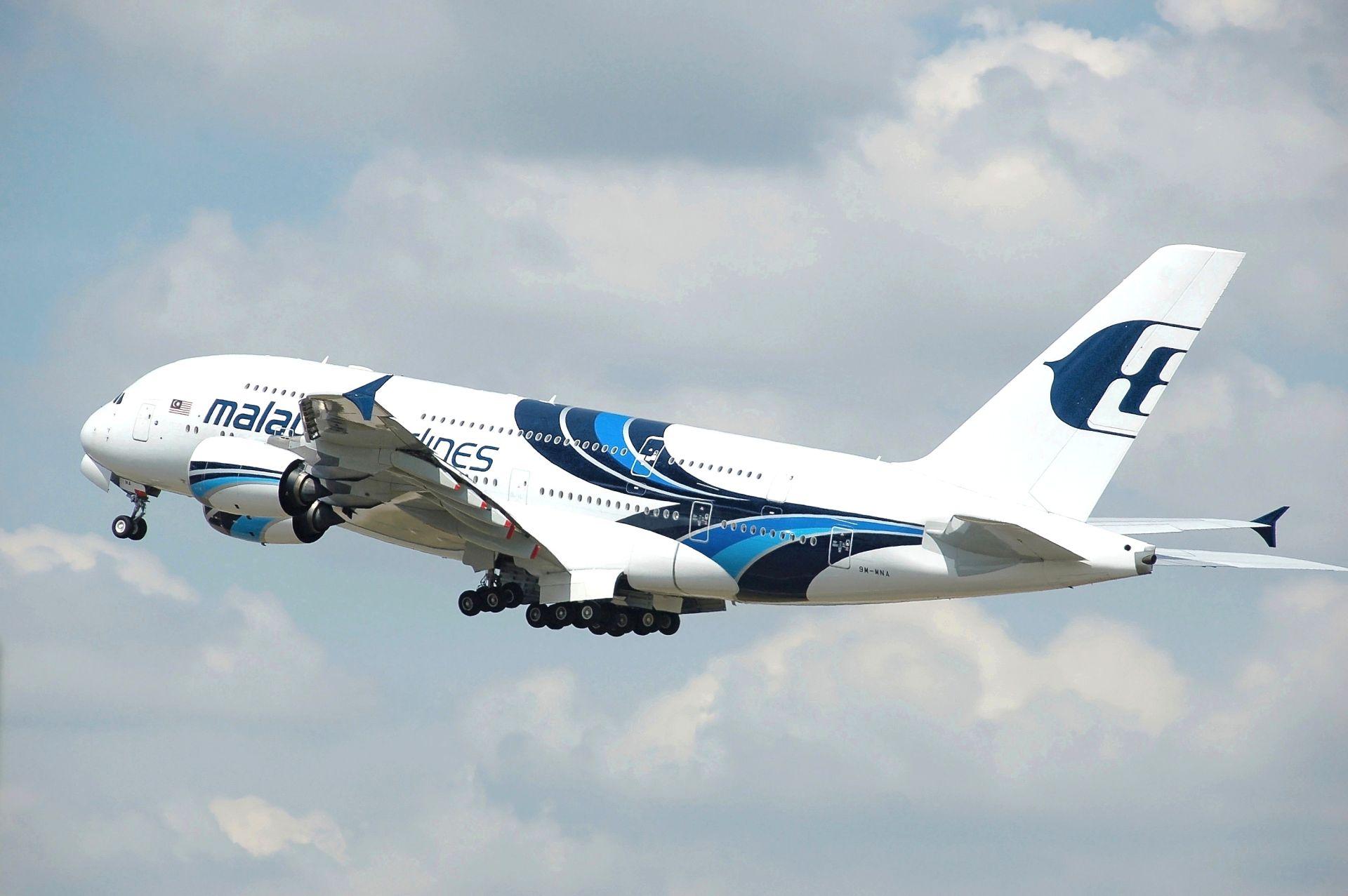 Airbus A380 společnosti Malaysia Airlines. Foto: Adrian Pingstone / Wikimedia Commons