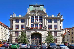 Mariánské náměstí a budova pražského magistrátu. Foto: VitVit/Wikimedia Commons