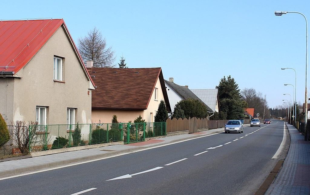 Silnice I/37, Trhová Kamenice, ilustrační foto. Pramen: Autor: Pavel Hrdlička, Wikipedia, CC BY-SA 3.0, https://commons.wikimedia.org/w/index.php?curid=39208561