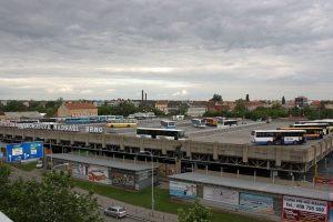 Autobusové nádraží Zvonařka. Autor: RomanM82 – Vlastní dílo, CC BY-SA 3.0, https://commons.wikimedia.org/w/index.php?curid=33083935