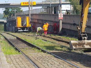 Oprava poškozené koleje na Ohradě. Foto: Jan Sůra