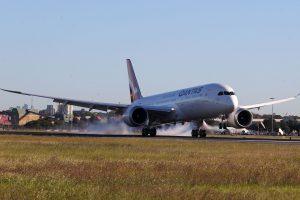 Přistání Boeingu 787-9 v Sydney. Foto: James D Morgan / Qantas