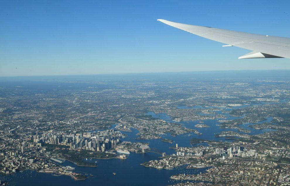 Pohled na Sydney před přistáním letu z New Yorku. Foto: James D Morgan / Qantas