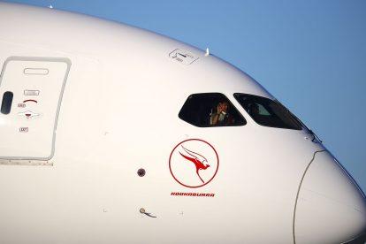 Boeing 787-9 v Sydney po příletu z New Yorku. Foto: James D Morgan/Qantas.