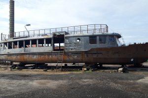 Brněnská výletní loď Dallas prochází opravou. Pramen: DPMB