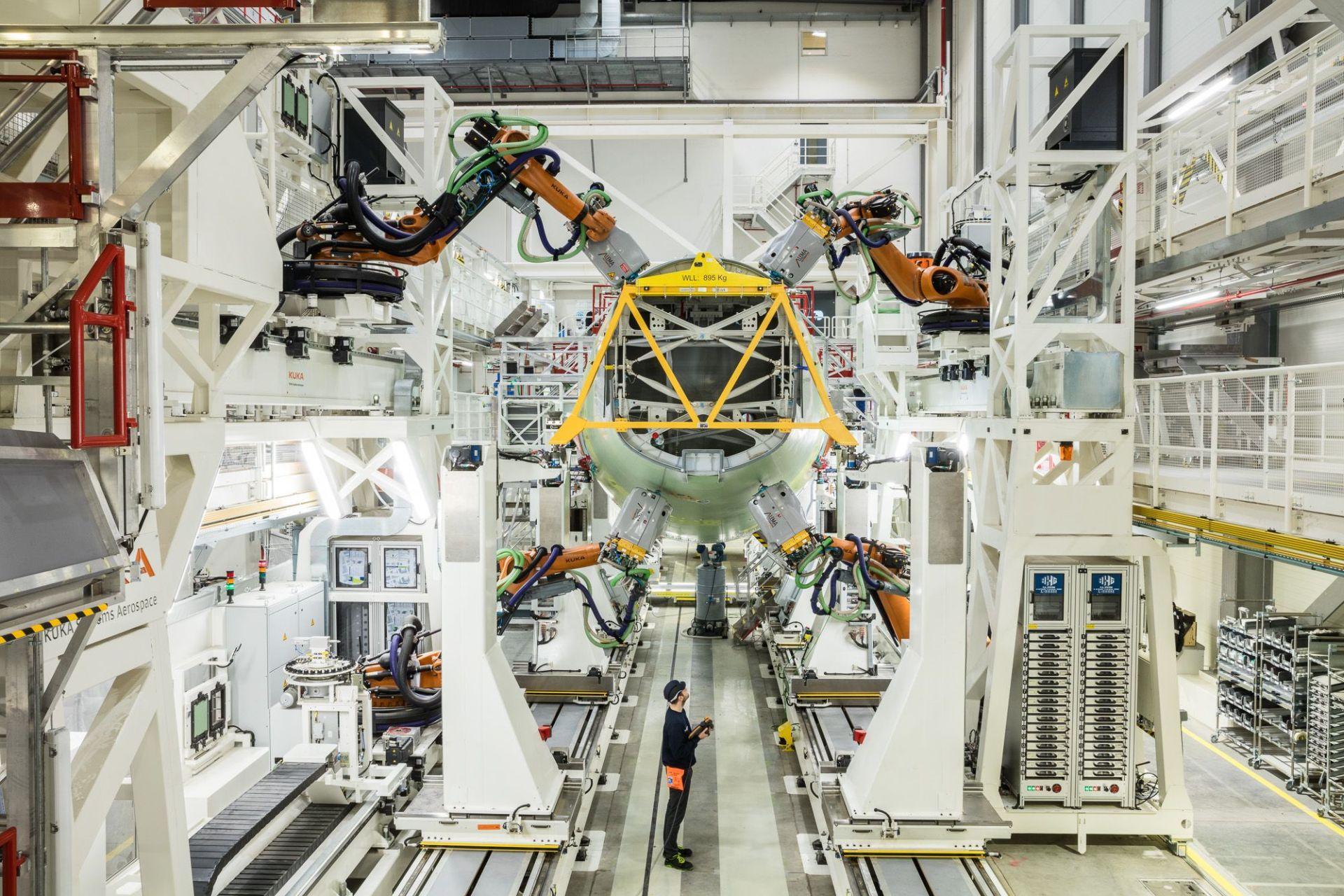 Airbus nedávno uvedl v Hamburku do provozu novou automatizovanou linku pro výrobu A320neo. Foto: Airbus
