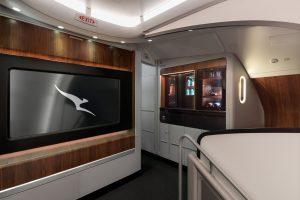 Lounge (salonek) pro cestující v byznysu a první třídě na horní palubě A380. Foto: Qantas