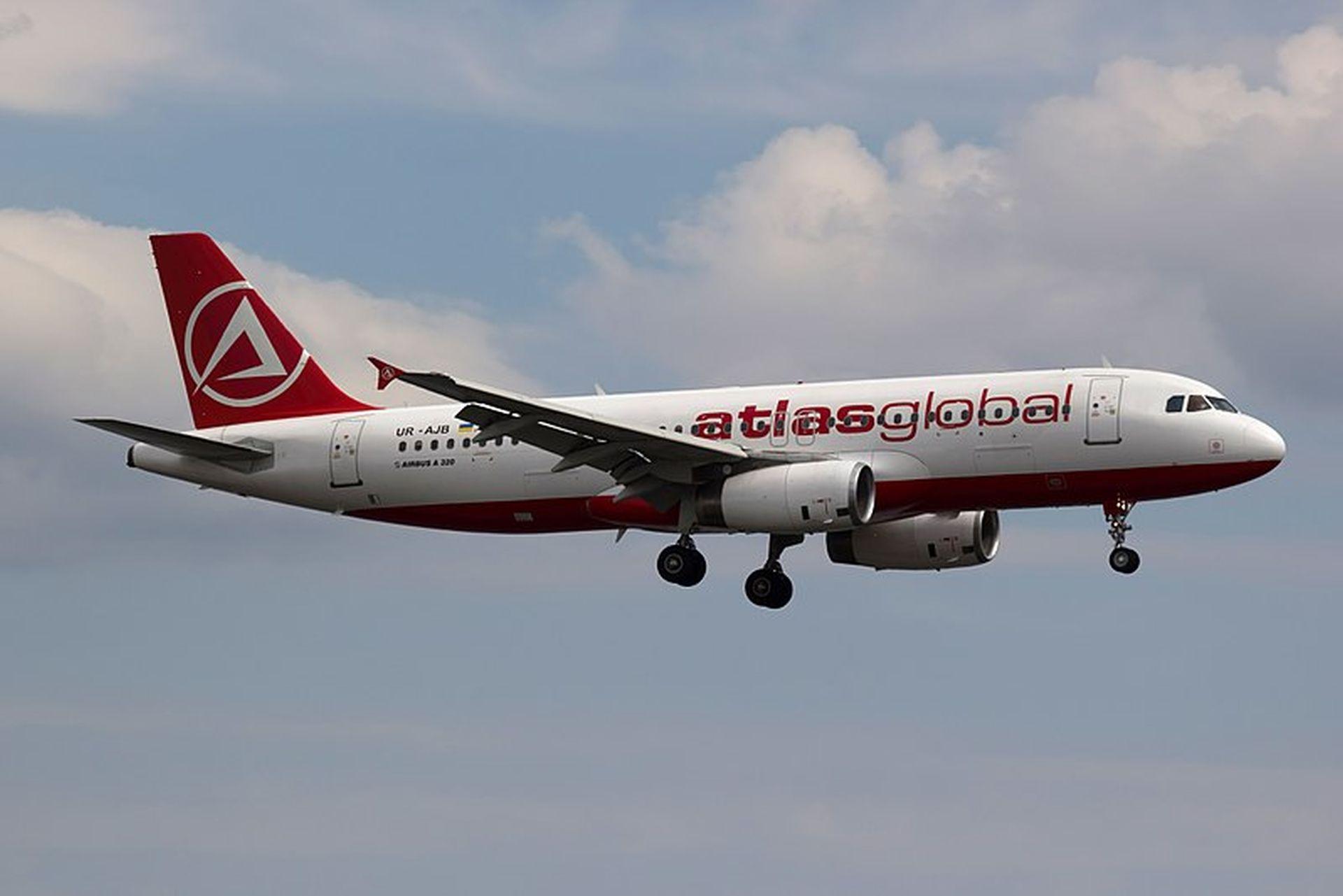 A320 společnosti Atlas Global. Foto: Bene Riobó [CC BY-SA 4.0 (https://creativecommons.org/licenses/by-sa/4.0)]