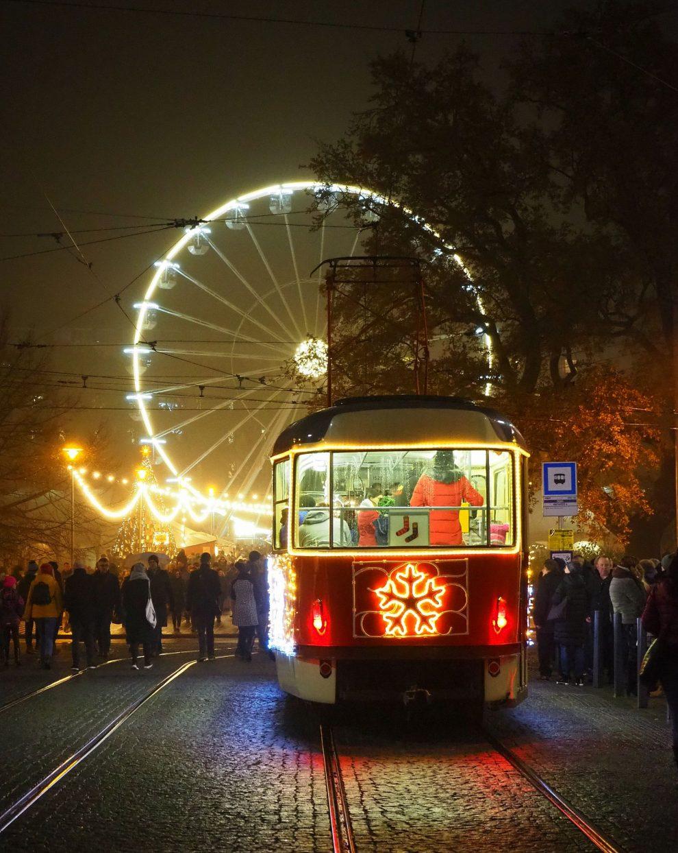 Vánoční tramvaj v Brně. Foto: Amálie Mrkosová