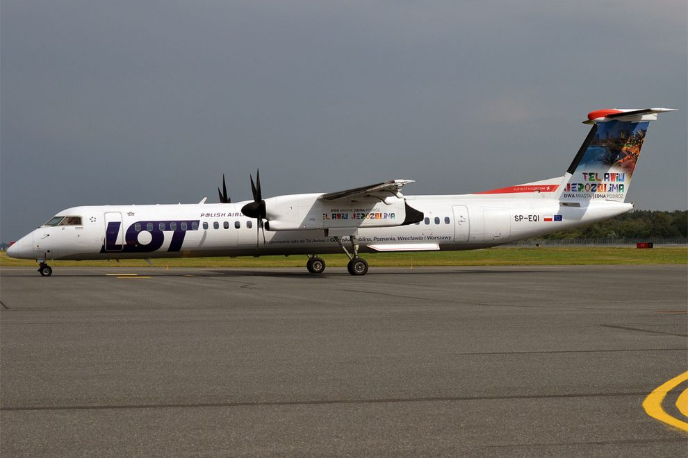 Bombardier Dash 8 Q-400 v barvách LOT. Foto: Anna Zvereva / Wikimedia Commons