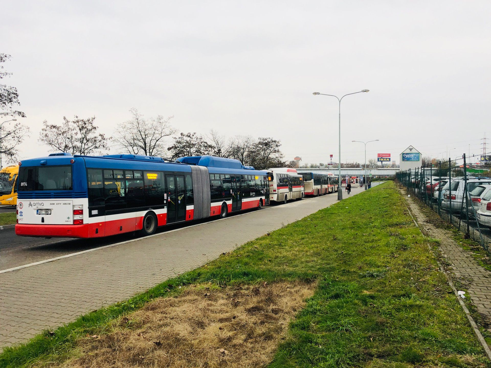 Autobusové nádraží Zličín: Foto: Daniel Šabík - DPP