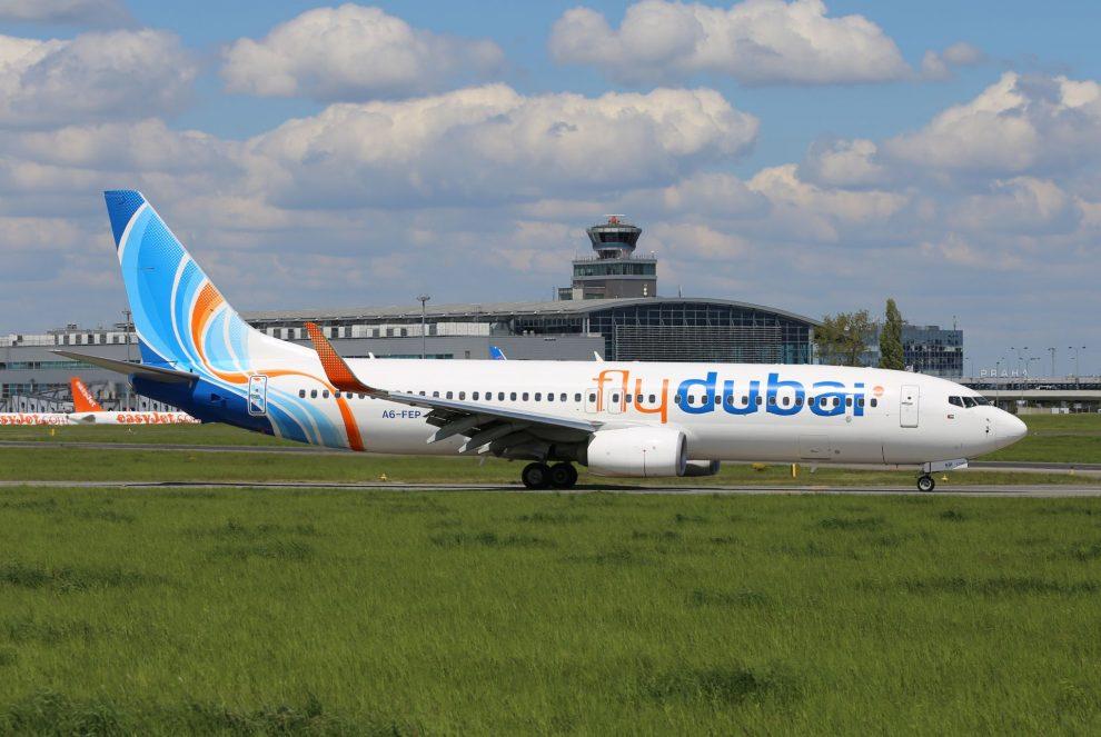 Boeing 737-800 společnosti flydubai v Praze. Foto: Letiště Praha