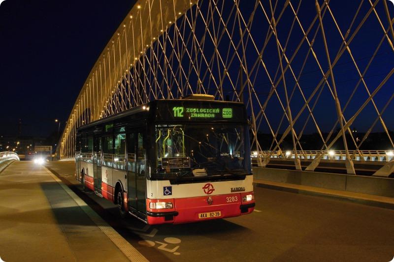 Jeden ze tří posledních autobusů DPP plnících normu EuroII. Autor: DPP - Zdeněk Jelínek